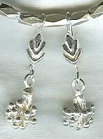 Silver bud drop earrings NUG2268