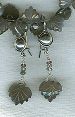 Moonstone leaves with gray Songya Sapphire earrings FAC1612