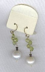 SPECIAL PURCHASE!! Freshwater pearl and Peridot drop earrings PRL3210