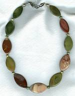 Rose and olive Imperial Jaspar necklace NUG2465
